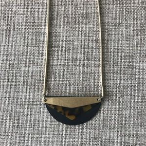 Madewell Tortoise Pendant Necklace